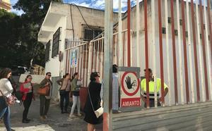 Las madres del Cardenal Belluga, preocupadas por el amianto en una obra colindante al colegio