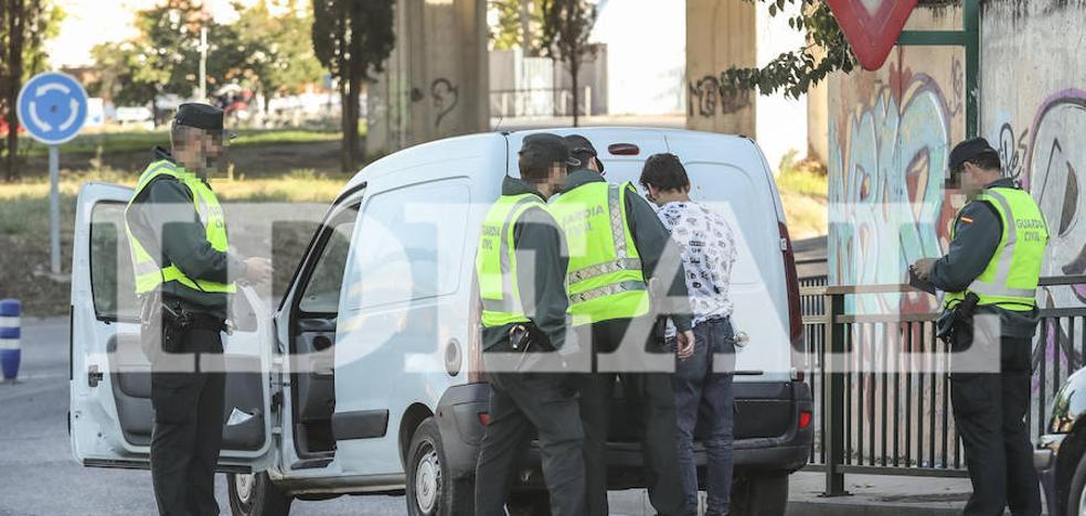 El homicida llevaba el arma del crimen encima cuando fue detenido