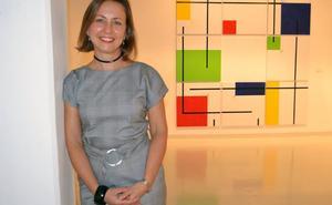 Carmen Casas expone sus obras en la Biblioteca de Andalucía