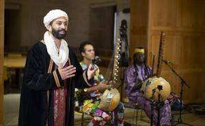 Poesía y música en la Noche Sahiliana