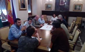 Cónclave con Federación y Unicaja para ampliar a ocho calles la pista de Jaén