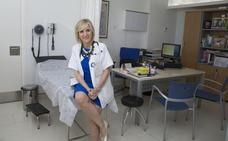 La mejor doctora del mundo es española y receta «felicidad»