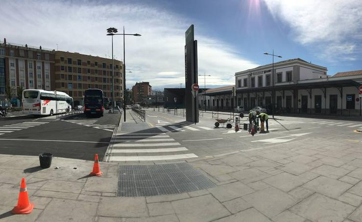 La plaza de Andaluces ya está lista para el AVE