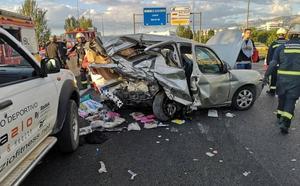 Siete heridos, entre ellos un menor, en una colisión múltiple en la Circunvalación de Granada