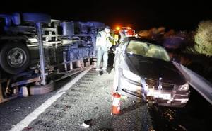 Dados de alta tres de los cinco heridos en el accidente mortal de la A-92 en Diezma