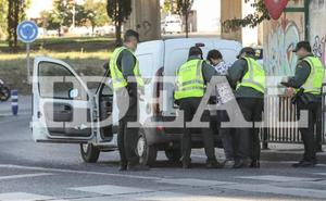 Los sindicatos de policía piden fundas antihurto tras el asesinato de un guardia civil en Granada