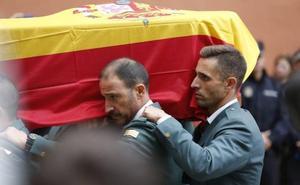 Despedido por celebrar en redes sociales la muerte del guardia civil de Granada