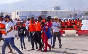 Granada y Motril se coordinan para dar la primera acogida a los inmigrantes sin recursos