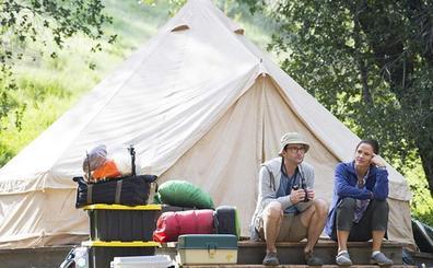 'Camping', ahora Lena Dunham psicoanaliza a los cuarentones