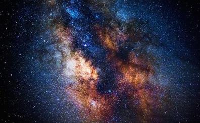 Encuentran un débil pero amplísimo resplandor del Universo temprano