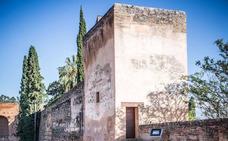 La Alhambra retoma su programa para acercar el monumento a padres e hijos
