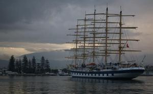 El Royal Clipper, el velero más grande que navega actualmente, ya está en Motril
