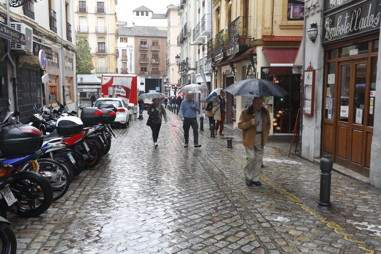 Jueves de lluvia intensa sobre Granada capital