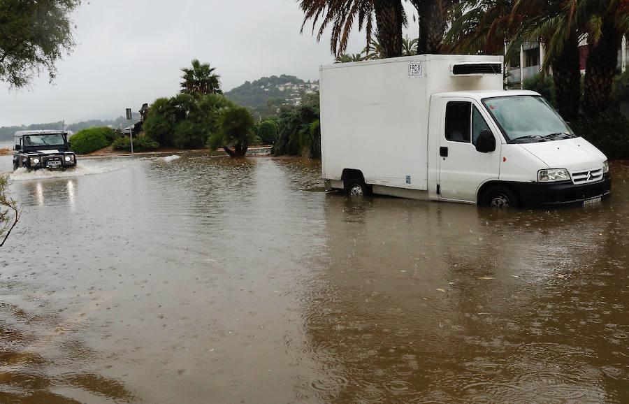 La gota fría complica el tráfico en la costa mediterránea