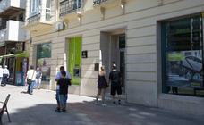 Bankia pone en marcha su primera «oficina ágil» en Granada, que abrirá por las tardes