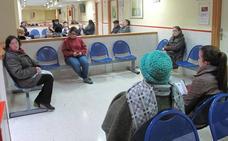 Más de un centenar de personas participa en las Jornadas de Salud del centro Salvador Caballero en Granada