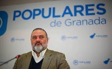 El PP de Granada acusa a García Montero de «atacar a su partido con infundios y falsedades»