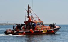 Rescatadas 146 personas de tres pateras en el Mar de Alborán