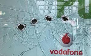 Las tiendas de telefonía de Granada han sufrido ya trece saqueos en los tres últimos meses