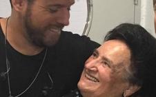 Pablo López vuelve a sorprender a la granadina Jacinta en su concierto