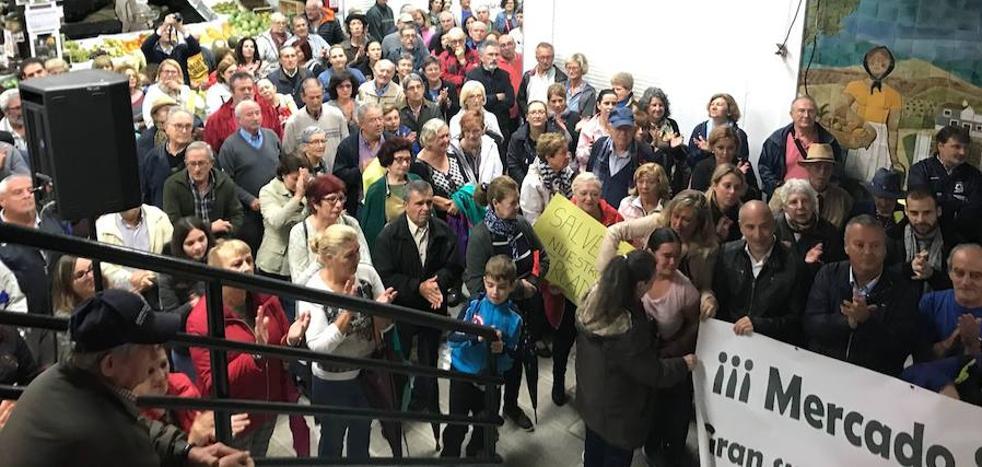 «Pelearemos unidos para salvar el mercado de Almuñécar»