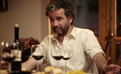 Willy Toledo sale en defensa del cómico denunciado por injurias al Apóstol
