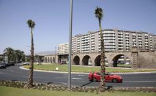 Urbanismo estudia ampliar la rotonda del Cable Inglés completando el tercer carril