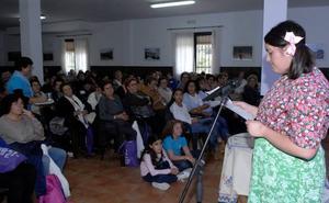 El Encuentro de la Federación de Asociaciones de Mujeres de la Alpujarra gira en torno a la enfermedad del alzheimer