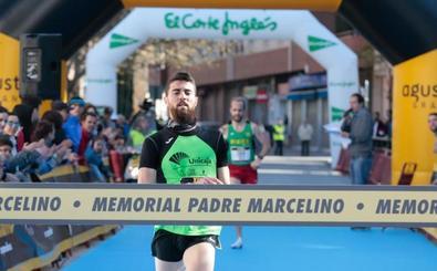 Pablo Sánchez queda segundo en la prueba Casco Antiguo de Sevilla de diez kilómetros