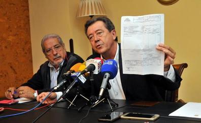 El alcalde de Linares dice que el PSOE «falsea la realidad» y atenta contra su honor