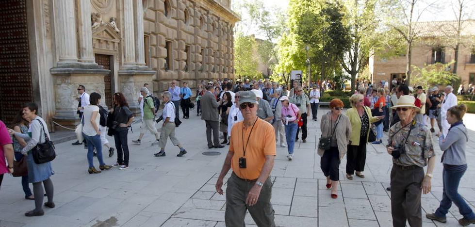 La Audiencia anula el último año de investigación de los contratos de la Alhambra por los plazos
