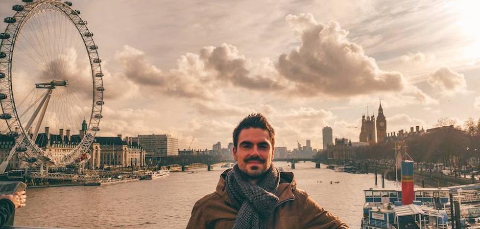 El informático albaicinero 'made in UGR' que programa apps para Android desde Londres
