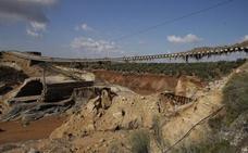 Adif estima que el tráfico ferroviario entre Sevilla y Antequera tardará tres meses en restablecerse