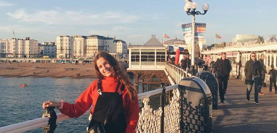 Una futura neurocientífica de Almuñécar que estudia en Inglaterra una carrera inexistente en España