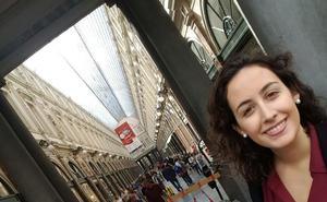 «Tengo un trabajo que me llena y un hogar: soy muy feliz en Bruselas y no me planteo volver a Granada»