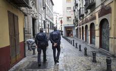 Los 25 elementos del uniforme de Policía Local de Granada cuestan 700 euros
