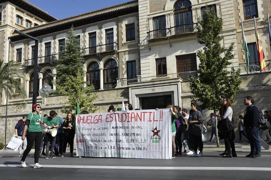 Manifestación estudiantil 24-O en Granada