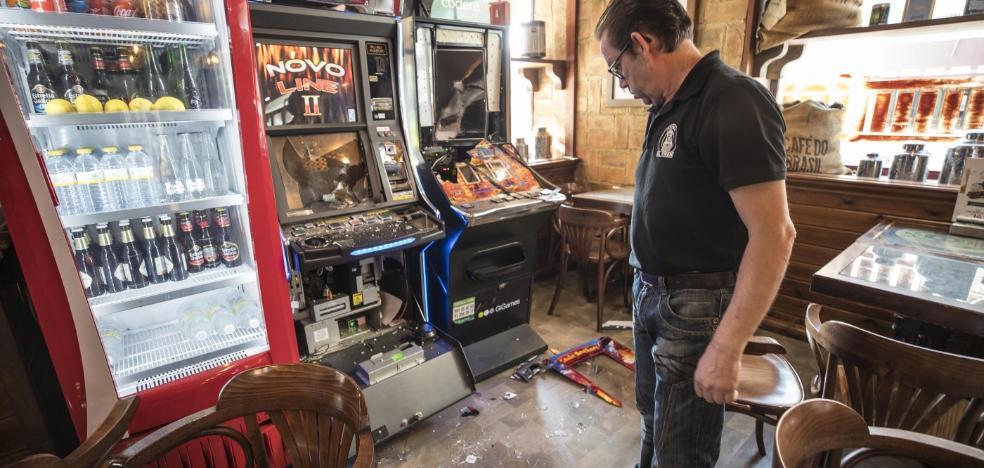 Revientan tres bares en menos de una hora en tres localidades del Cinturón