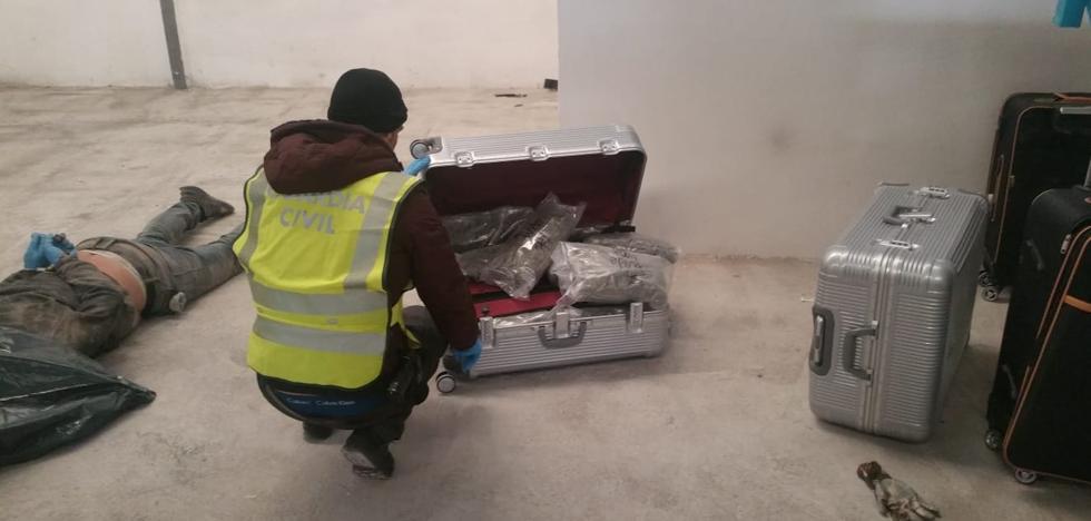 La droga hallada en el tráiler en un polígono de Granada hubiera alcanzado un valor de 2 millones de euros en Centroeuropa