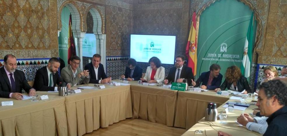 La Junta propone reducir el coste energético de Cemex para evitar el cierre de la planta de Gádor