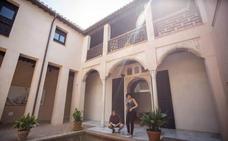 El Ayuntamiento propone alquilar la Casa de Zafra y el Cuarto Real hasta las cinco de la madrugada