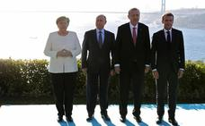Arranca la cumbre sobre Siria en Estambul con Erdogan, Merkel, Putin y Macron