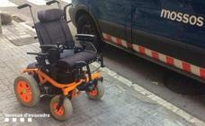 Recuperan la silla de ruedas que habían robado a un niño de 7 años