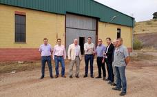 El Ayuntamiento de Navas de San Juan entrega la planta de procesado a los pistacheros