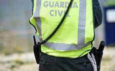 Fallece un hombre al despeñarse el coche que conducía en Alhama de Granada