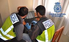 Logra más de 93.000 euros en estafas con microcréditos a más de 200 víctimas