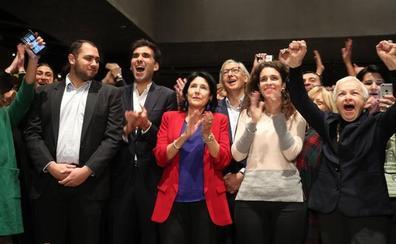 Zurabishvili gana la primera vuelta electoral de Georgia pero tendrá que medirse a Vashadze en la segunda