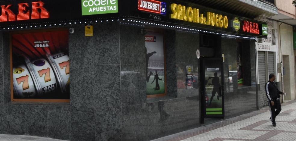 Un joven de 23 años acumula más de 35 robos con violencia en Granada y Almería