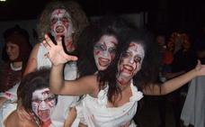 Expertos alertan de que las lentes y el maquillaje para Halloween pueden dañar seriamente los ojos