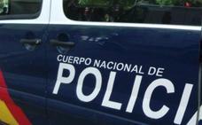 Dos detenidos, entre ellos la madre de una menor a la que obligó a tener relaciones con su pareja